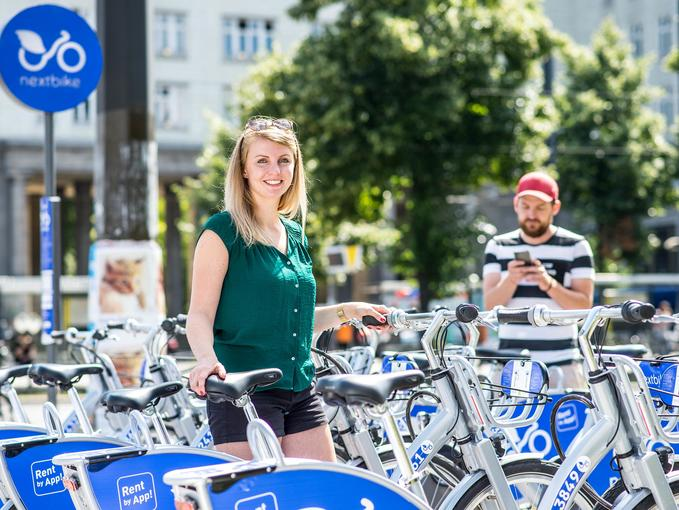 Smart leihen und teilen: E-Scooter und E-Roller in der Stadt