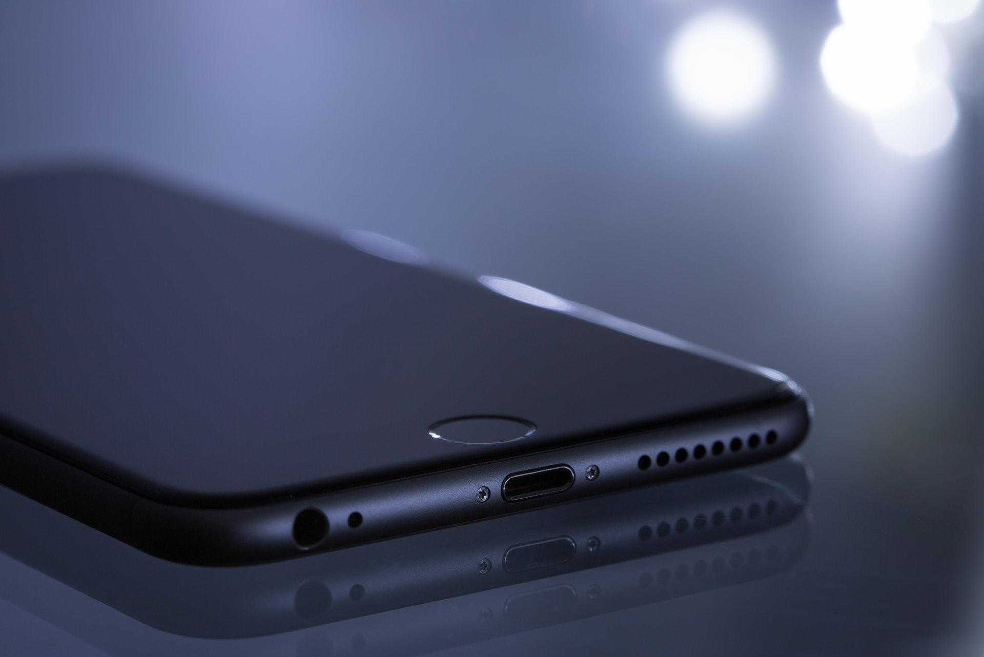 iPhone 12: Apple wird 2020 noch nicht auf Lightning verzichten