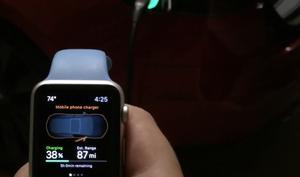 Apple Watch übernimmt Kontrolle über  Tesla Model S