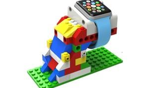 Diese Apple-Watch-Dockingstation ist mit Lego kompatibel