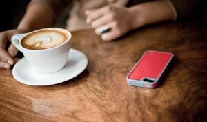 iPhones sollen aus 4,5 Metern drahtlos geladen werden