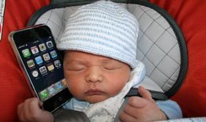 Unglaublich: Vater verkauft sein Baby für ein iPhone