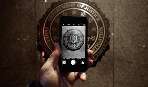 Apple kann eigene iPhone-Verschlüsselung knacken - will aber nicht