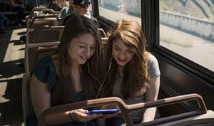 """""""Ein Thema, zwei Meinungen"""": Apple vs. Spotify"""