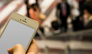 Ex-Manager von Apple-Partner schmuggelte tausende iPhone, trieb Handel damit