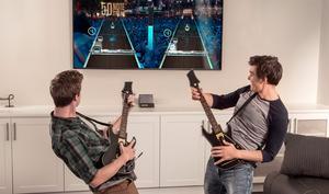 Supreme Party Edition reduziert: Guitar Hero Live mit zwei Gitarren und Gutschein günstiger
