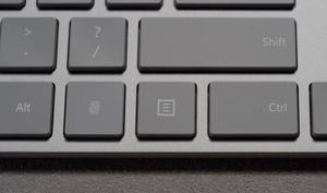 Microsoft: Drahtlose Tastatur mit verstecktem Fingerabdruck-Sensor
