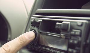 10 Minuten Stille: Song beendet das Chaos um iPhone-Audiowiedergabe im Auto