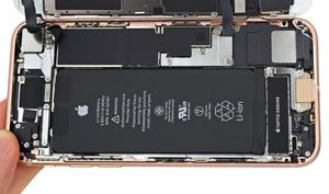 iPhone 8: iFixit zerlegt das neue Smartphone