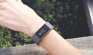 Fitbit Charge 3: Neuer Fitness-Tracker für 150 Euro