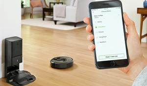 iRobot Roomba i7+: Dieser Saugroboter entleert sich selbst