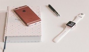 Einfach statt fummelig: Apple Watch mit dem iPhone entsperren - So geht's
