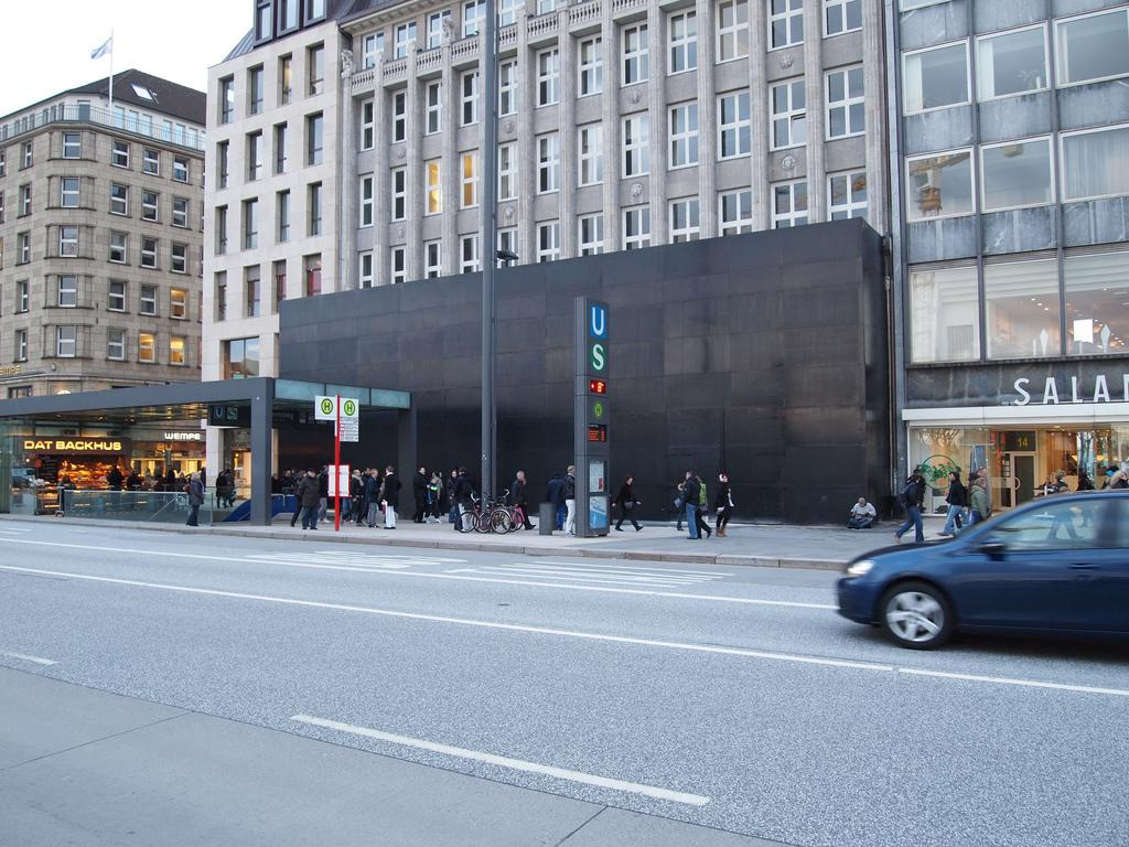 zweiter apple store in hamburg er ffnung am 10 september mac life. Black Bedroom Furniture Sets. Home Design Ideas