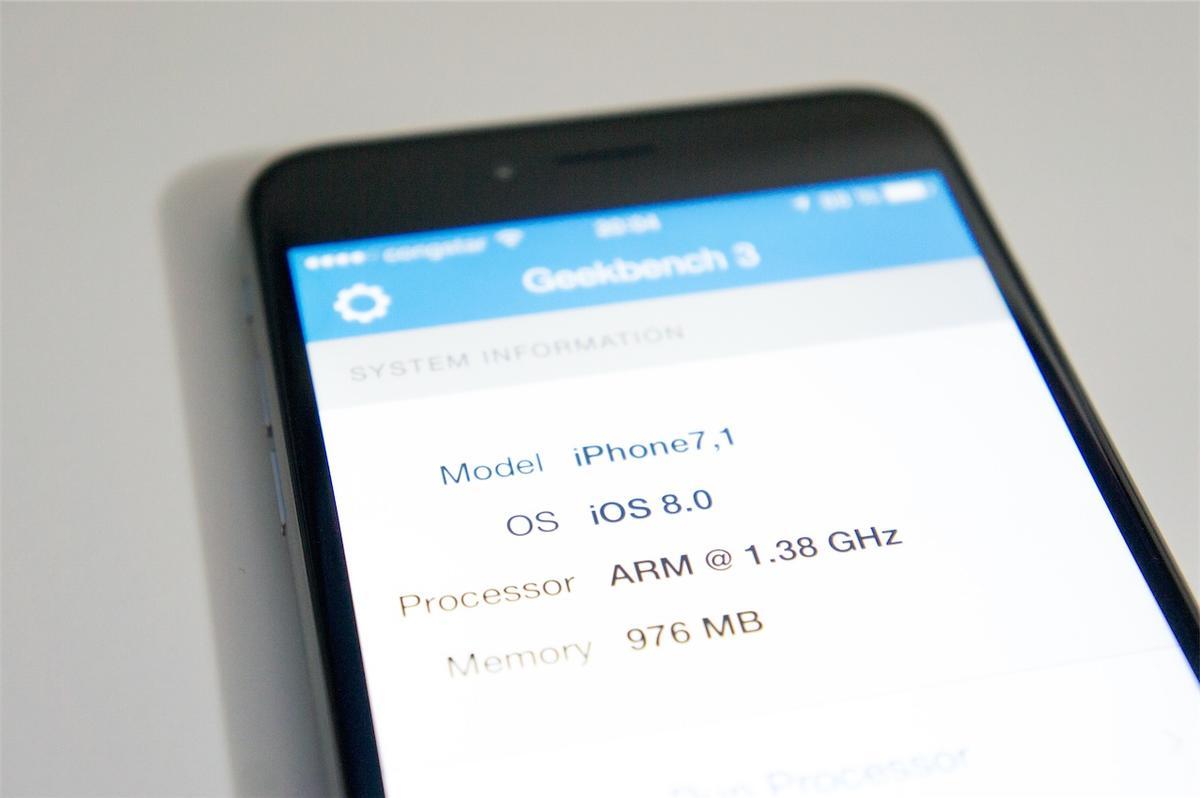 Iphone 6 Plus Im Test Der Erste Tag Mit Dem Neuen Apple Phablet Erapod Ipad Mac Bezglich