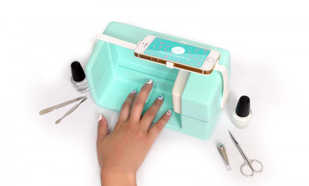 Nailbot: Der Drucker für die Fingernägel | Mac Life