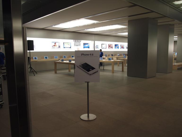 Verkaufsstart des iPhone 4S in Hamburg