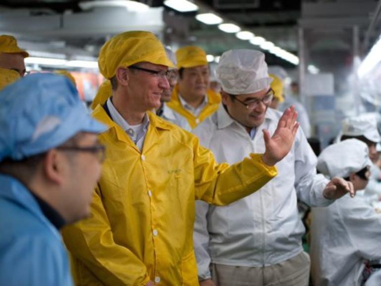 Apple-Chef Tim Cook zu Besuch bei Foxconn