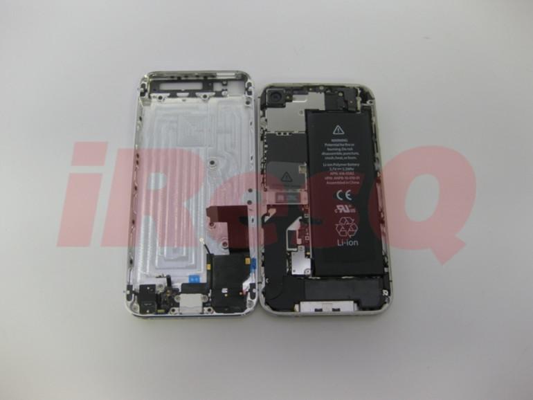 Links ein angebliches Bauteil der kommenden iPhone-Generation, rechts das iPhone 4S.