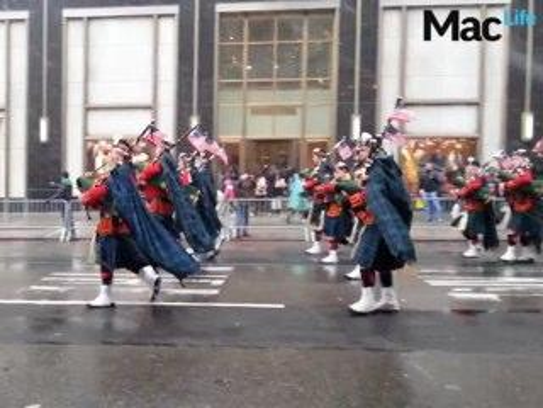 Video: Apple und hunderttausende Fans feiern enttäuschendes Galaxy S4