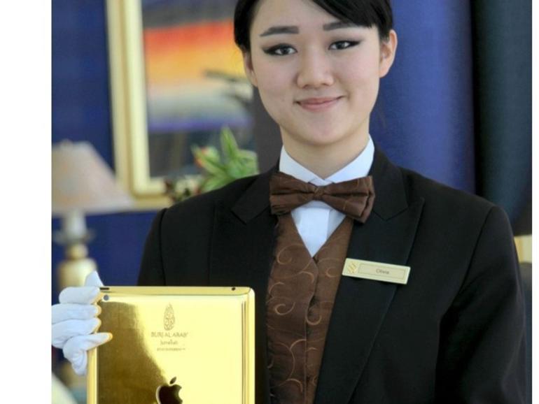 Netzfundstück: Luxus-Hotel Burj Al Arab in Dubai verleiht goldene iPads