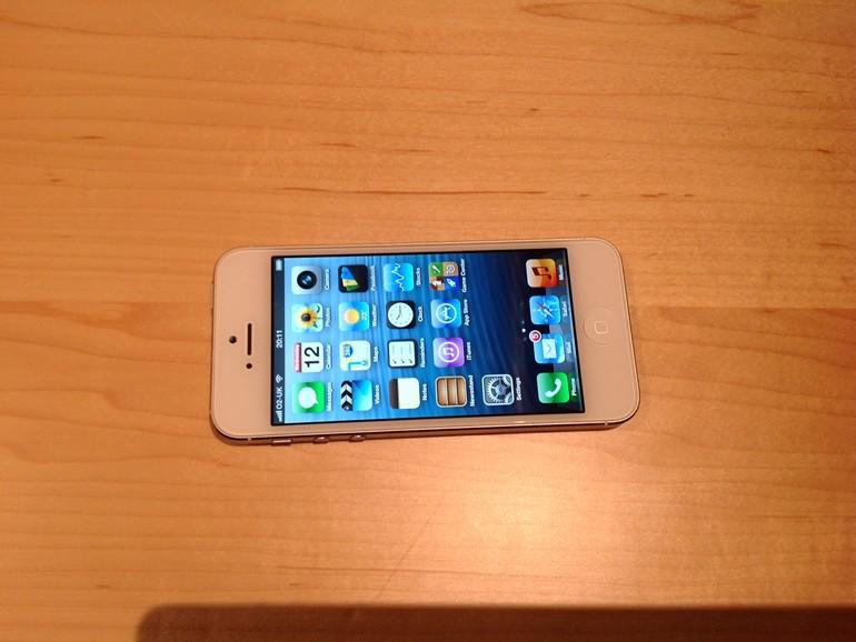 iPhone 5 von vorn