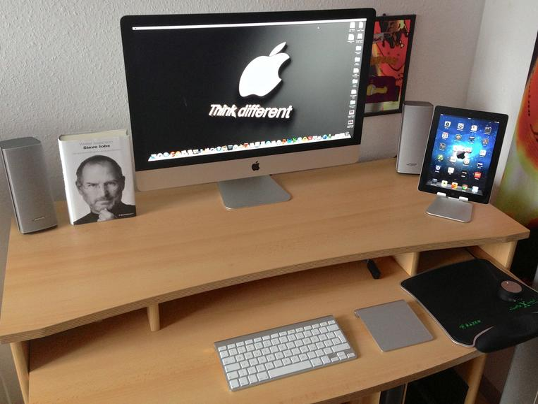 Mein Arbeitsplatz  - Seit Januar 2013 Apple Freak geworden!!!