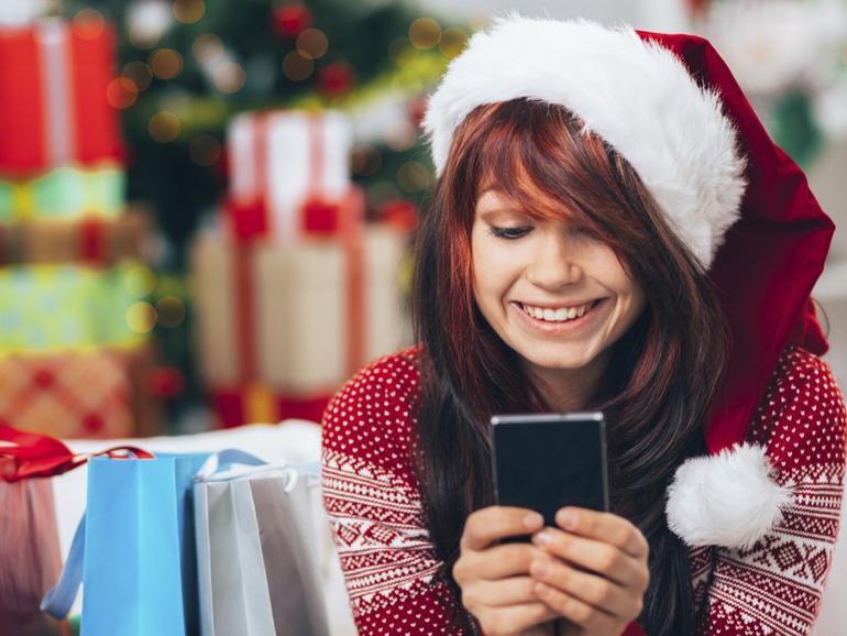 Zu Weihnachten verursachten iOS-Nutzer mehr Traffic als Android-Anwender und kauften mehr ein.