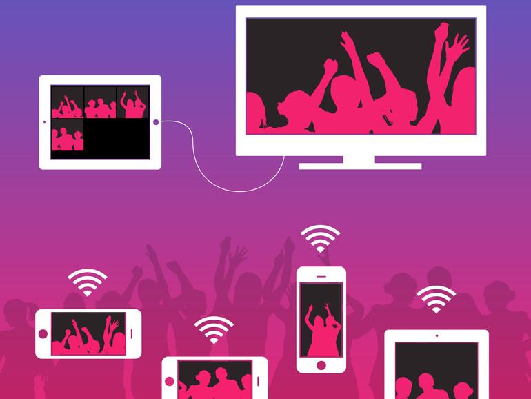 PartySnapper erlaubt es Party-Fotografen ihre Fotos automatisch an ein Host-iPhone oder -iPad zu übermitteln, das aus den Bildern automatisch eine Slideshow bastelt.