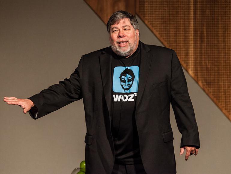 Wozniak hält die Entwicklung eines Elektroautos von Apple, das sich selbst steuern kann, für eine sehr gute Idee