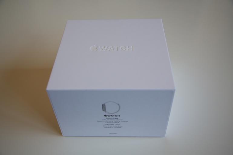 Apple Watch Milanaise in der Box