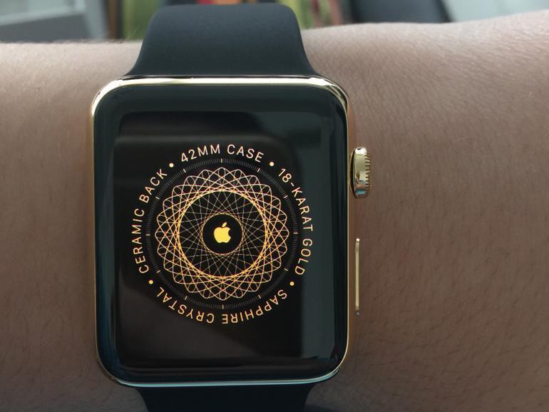 Die goldene Apple Watch  nach der Einrichtung.