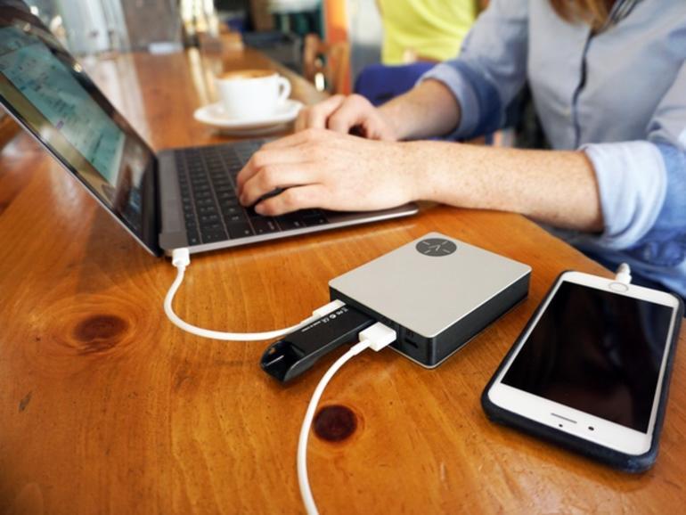 MIttlerweile existieren viele praktische und vielseitige Docks für das MacBook
