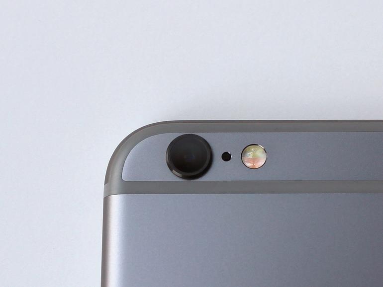 Die Kamera liefert Fotos mit 12 Megapixel, Live-Bilder und 4K-Videos. Panoramabilder dürfen jetzt bis zu 63 Megapixel haben (statt 43 beim iPhone 6).<br />