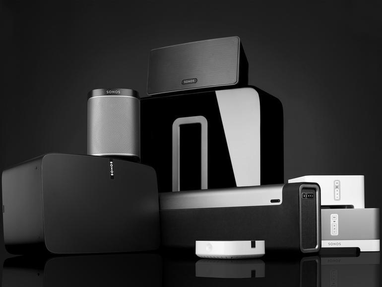 Familienfoto: Sonos-Speaker sind in verschiedenen Größen erhältlich. Darüber hinaus sind auch eine Soundbar und ein Subwoofer zu haben.