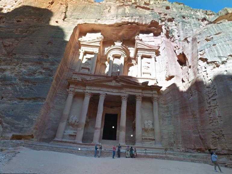 Viele kennen nur den Tempel Al-Khazneh, dabei gibt es in Petra so viel mehr zu entdecken