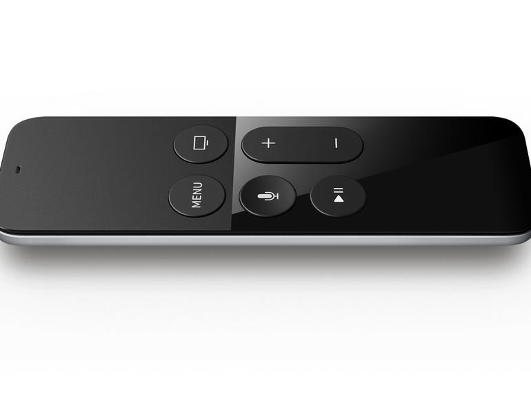 Mit der Siri Remote lässt sich das neue Apple TV spielend leicht steuern