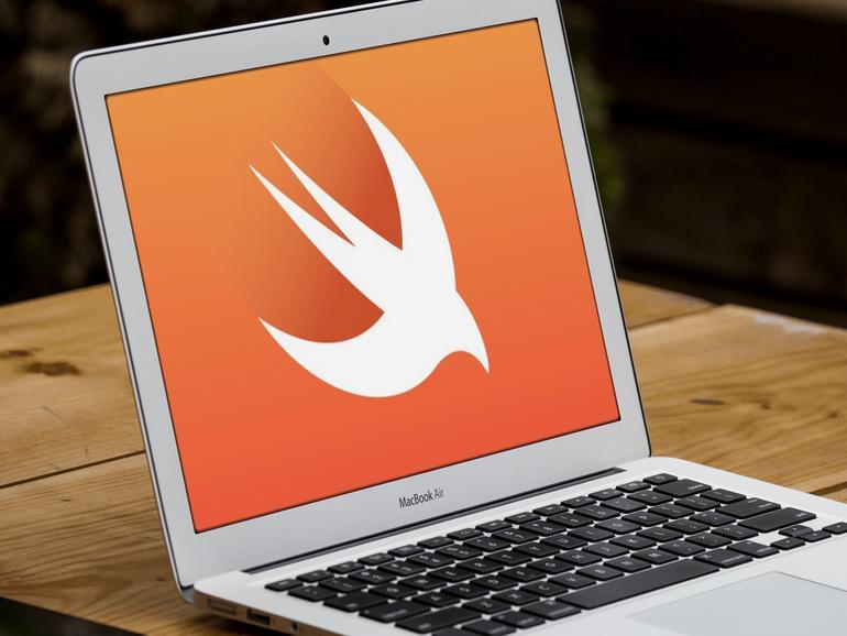 Montage: Swift-Logo auf MacBook Air