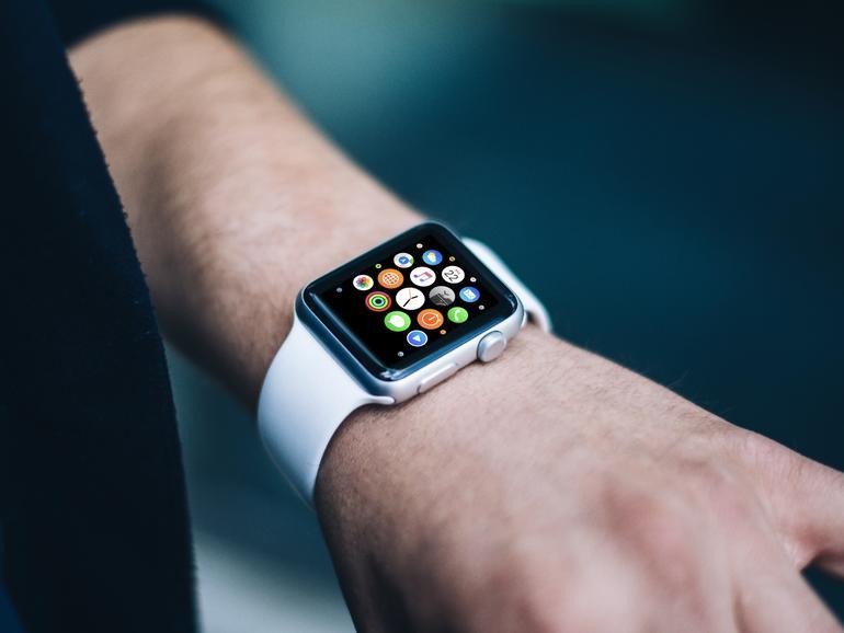 apple watch 2 hardware stand schon lange fest mac life. Black Bedroom Furniture Sets. Home Design Ideas