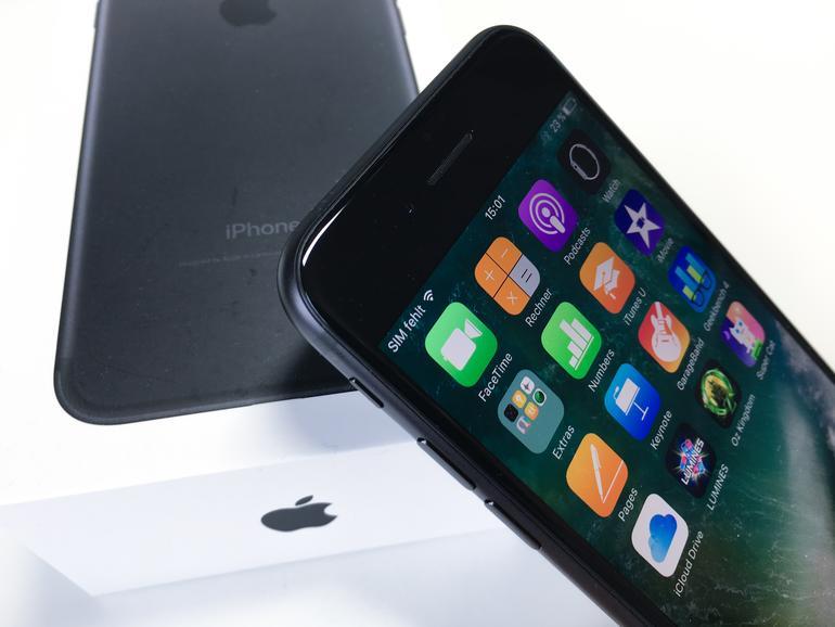 usa 4 von 10 verkauften smartphones in q3 2016 waren iphone 7 mac life. Black Bedroom Furniture Sets. Home Design Ideas