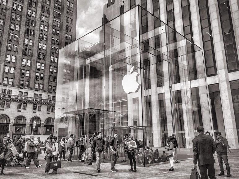 Hohe Erwartungen an das iPhone 8: Apple-Aktie schwingt sich zu neuem Rekord auf