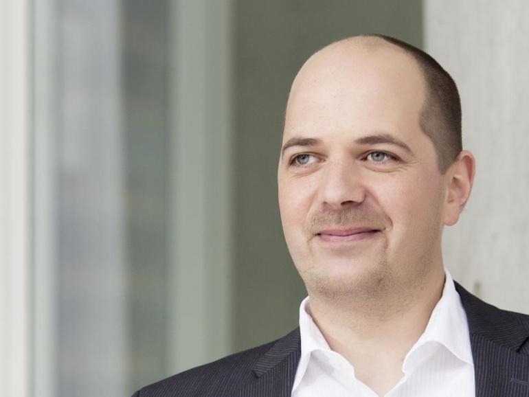 Stephan Dirks ist Fachanwalt für Urheberrecht und Medienrecht
