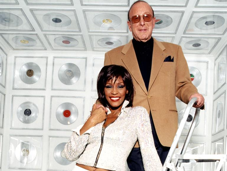 Whitney Houston und Clive Davis