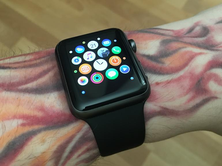 apple watch 1g apple tauscht defekte akkus drei jahre lang aus mac life. Black Bedroom Furniture Sets. Home Design Ideas