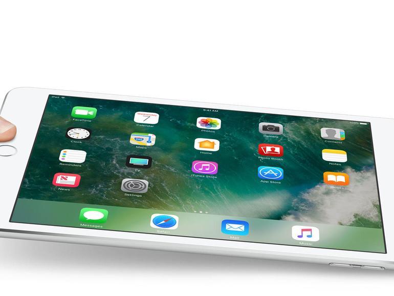 """Gespart hat Apple beim Update des iPads der fünften Generation kurioserweise an den Farben. Während das 9,7-zöllige iPad Pro auch in Roségold verfügbar ist, gibt es das """"normale"""" iPad 5 nur im mittlerweile klassischen Farbdreisatz silber, gold und space grau."""