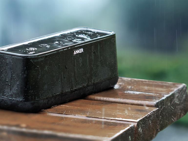 Der neue Anker SoundCore Pro verträgt auch Regen, ...
