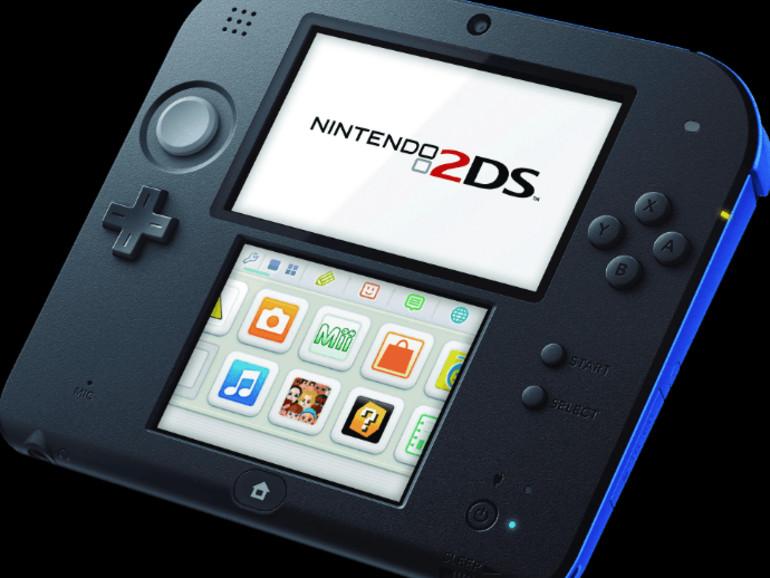 Nintendo 2DS in der Farbkombination Blau-Schwarz.