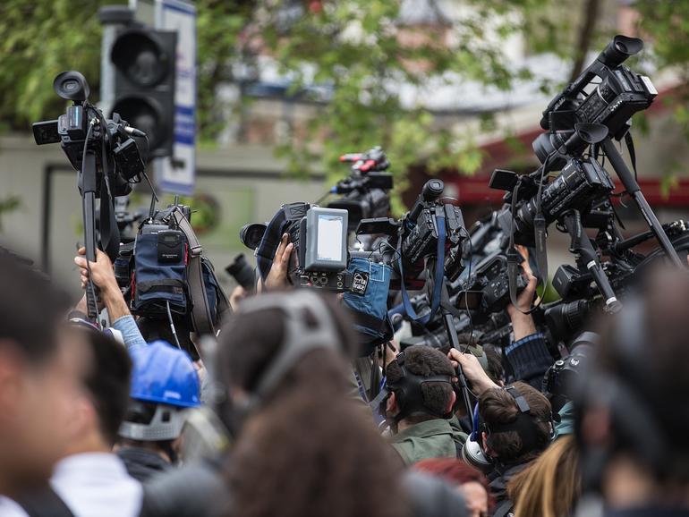 Es liegt in der Natur der Sache: Medien wollen Informationen verbreiten