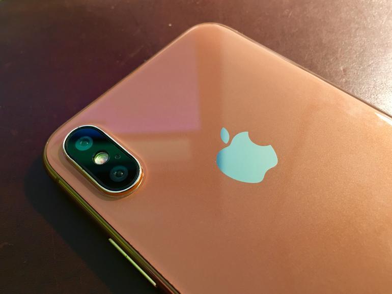 So sieht die Kamera am Dummy des iPhone 8 aus.