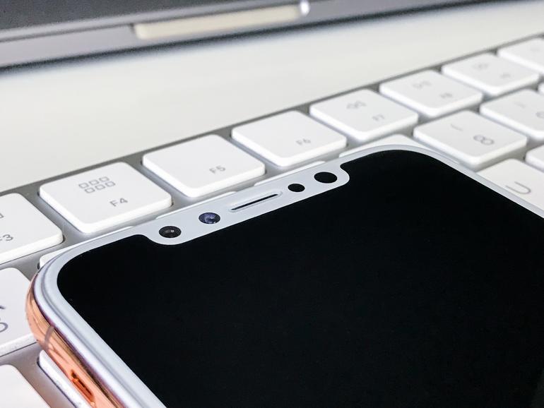 Ein iPhone-8-Dummy