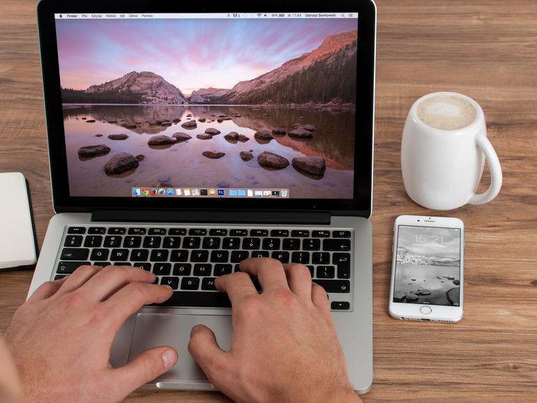 Sie können Ihre Downloads beispielsweise auf dem Schreibtisch sichern